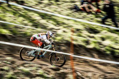 Atherton and Gwin take UCI Downhill Season Openers