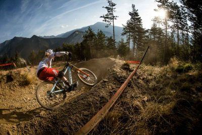 Rachel Atherton completes downhill World Cup's first 'perfect season'