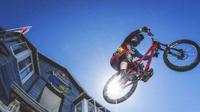 Tomas Slavik secures extreme urban descent win at Red Bull's Valparaíso Cerro Abajo