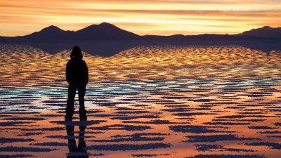Mystifying salt flat in Bolvia transforms into a giant mirror