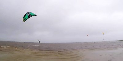 Kite surfers take on Cyclone Debbie for ultimate thrill