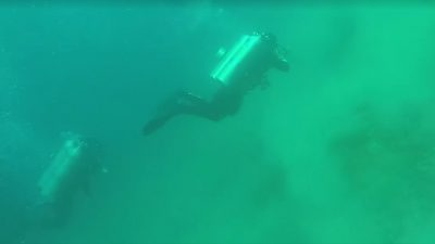 Divers get caught underwater during 5.6 magnitude earthquake