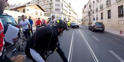Bike thief gets shock of his life when other cyclists join victim in chasing after him