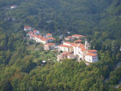 Bormida Mayor flooded with 17,000 requests after offering €2000 to move to idyllic Italian village
