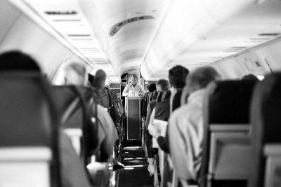 US government asks FAA to set legal minimum legroom on flights
