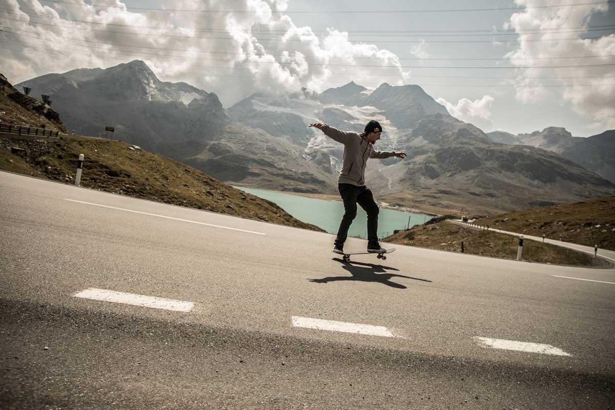 Swiss skateboarder breaks world record for longest manual on a street skateboard
