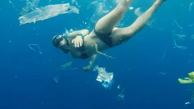 Video of free-diver in Bali captures horrifying expanse of pollution littering the ocean