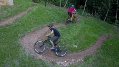 d7910d55b1c Video: Youtuber builds a feature-packed mini mountain bike trail in his  backyard