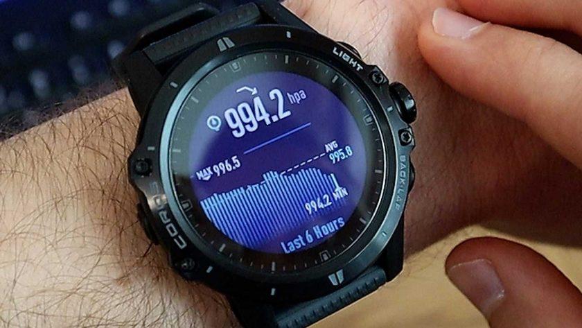 Air pressure widget on the Coros Vertix GPS adventure watch