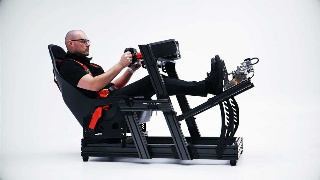 Next Level Racing F-GT Elite aluminium profile cockpit in the formula position