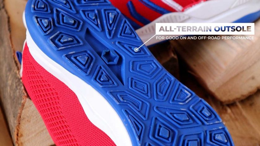 The all-terrain outsole of the Relance RL-01, which features shallow lugs for good on and off-road performance